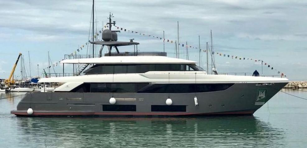 Ocean Z Charter Yacht