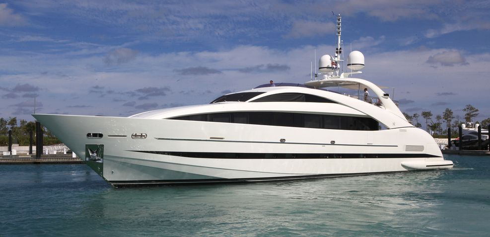 Sealyon Charter Yacht