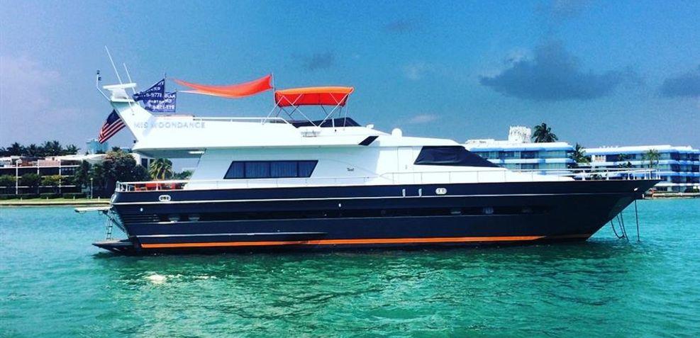 Mis Moondance Charter Yacht