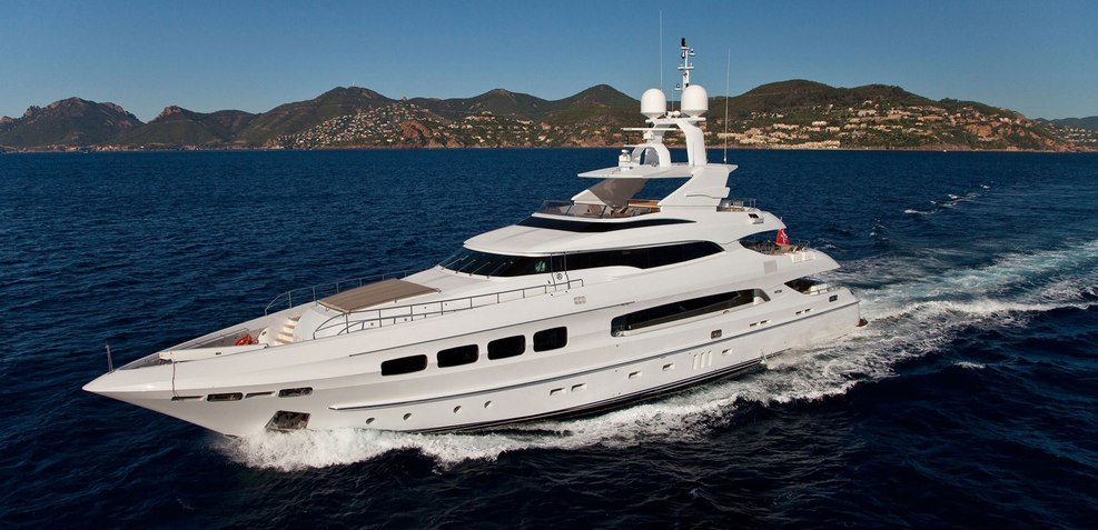 Seven S Charter Yacht