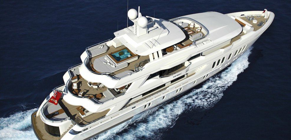Magic Charter Yacht