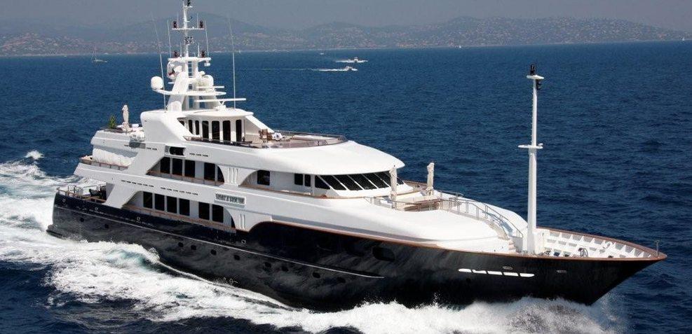 Bellami.Com Charter Yacht