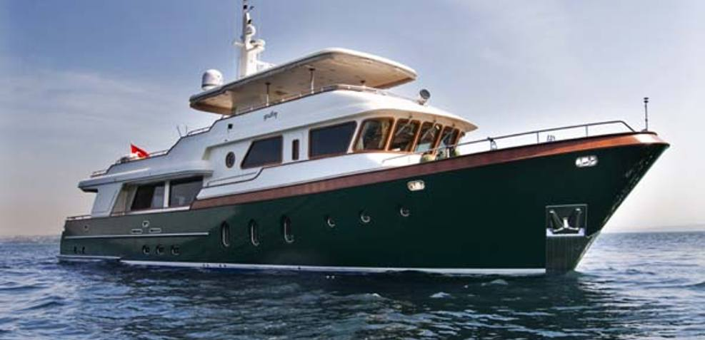 Pulim Charter Yacht