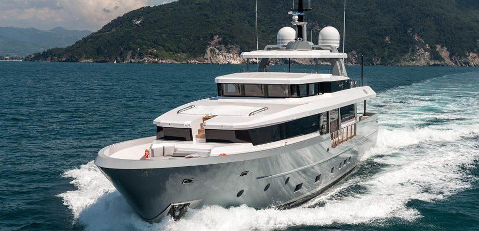 Cinquanta 50 Charter Yacht