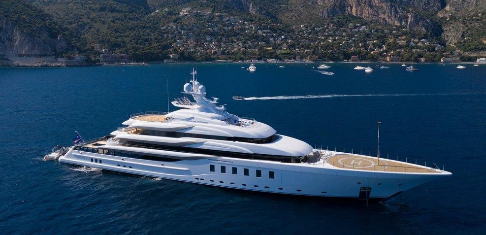 Madsummer Charter Yacht
