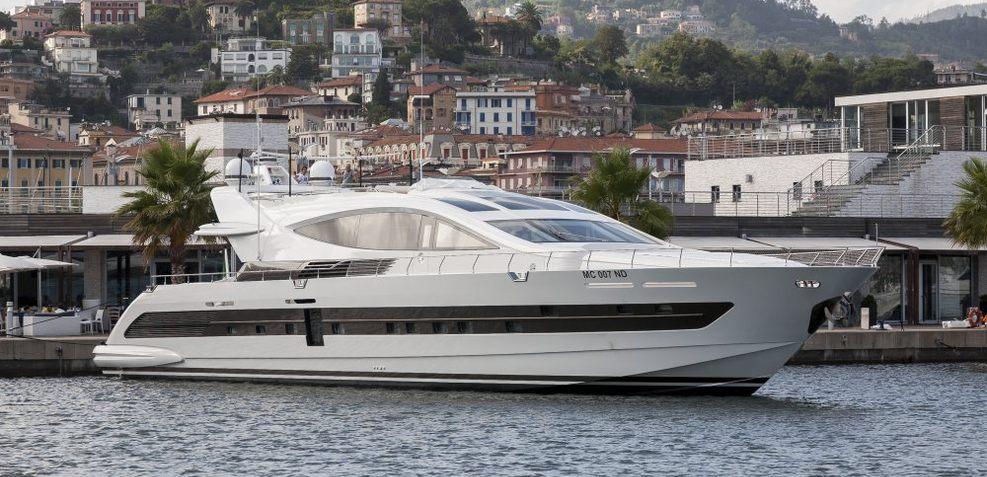 Cerri 102/05 Charter Yacht