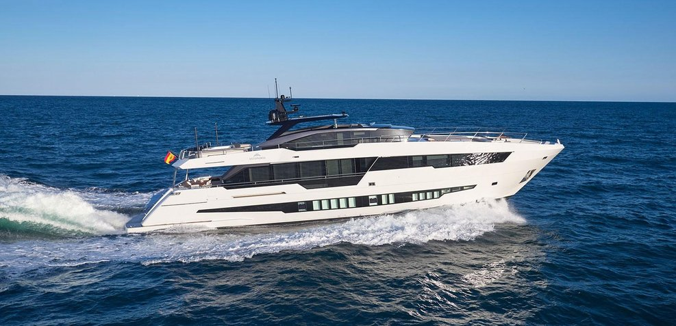 Ninitas A Charter Yacht