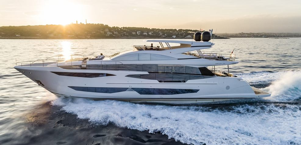 Pearl 95/ 03 Charter Yacht