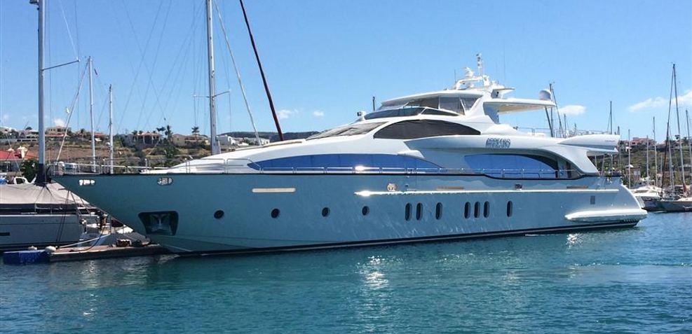 Arrecho Charter Yacht