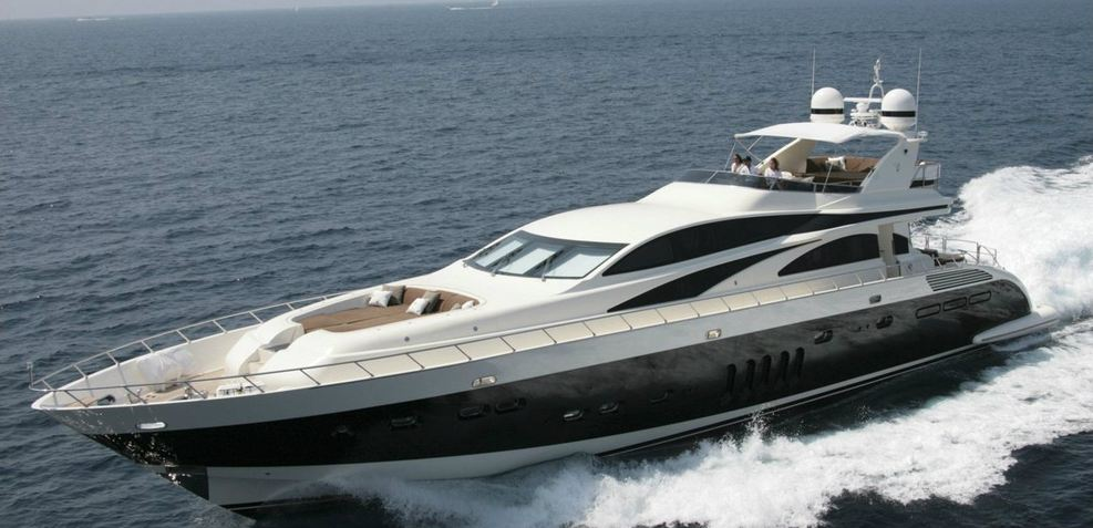 Dream On Charter Yacht