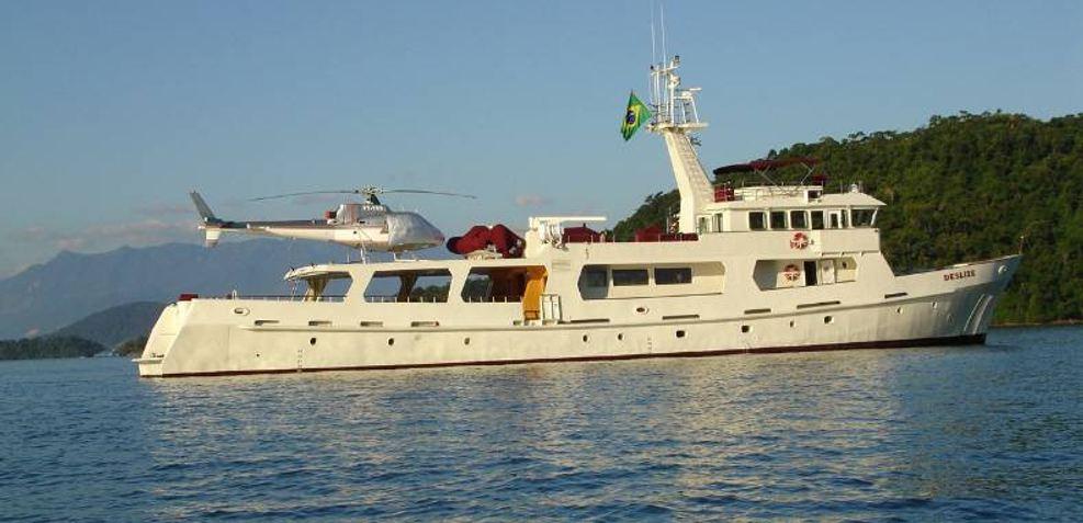 Deslize Charter Yacht