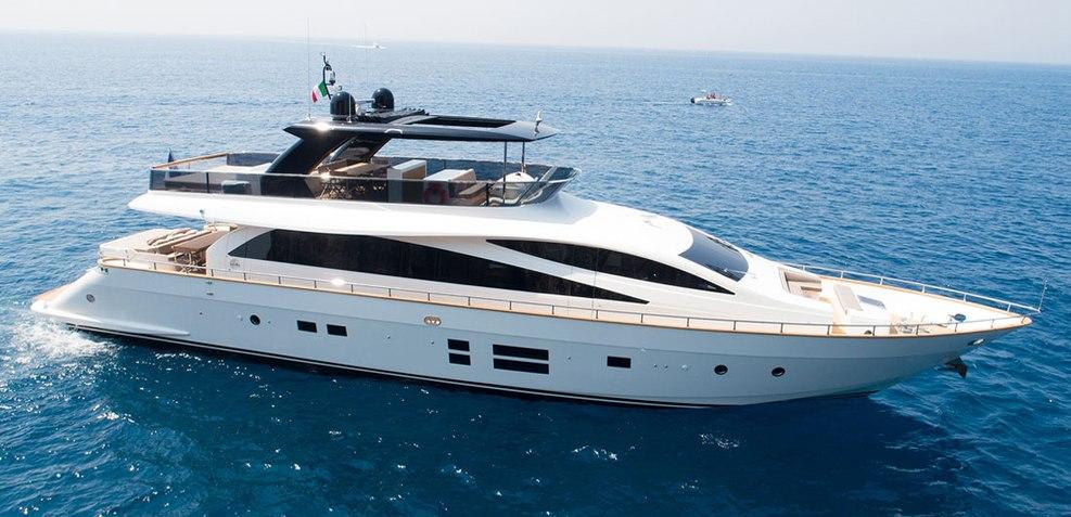 Amer 94/13 Charter Yacht
