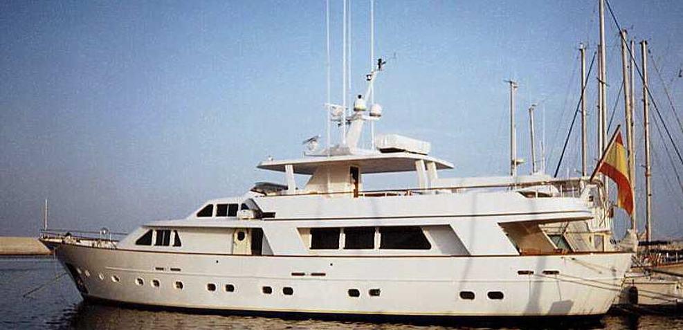Herma Charter Yacht