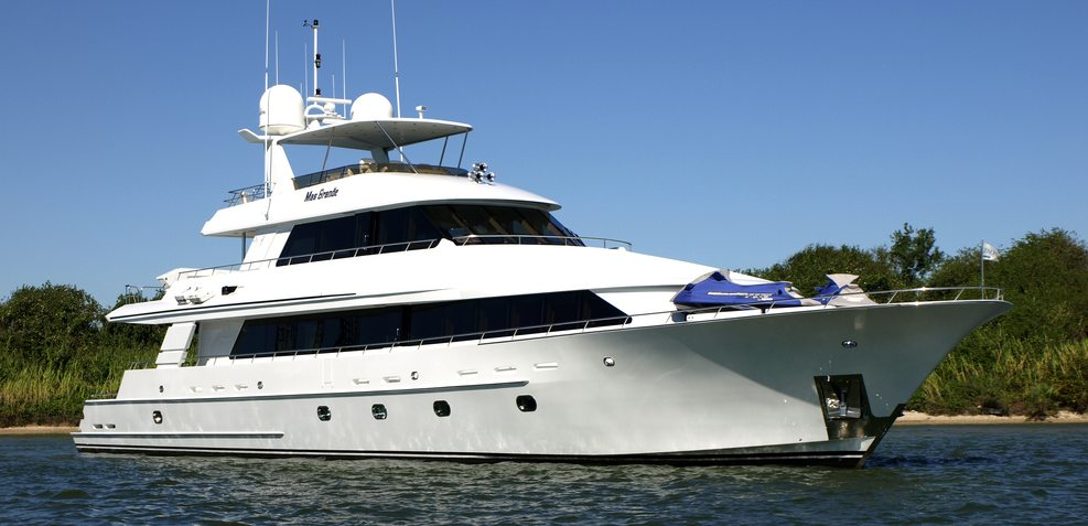 Mas Grande Charter Yacht
