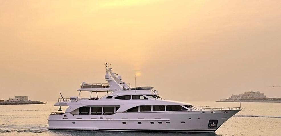 Inspir8 Charter Yacht