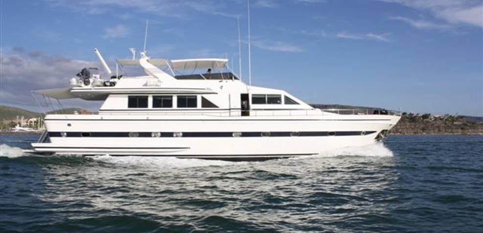 Sogno Charter Yacht