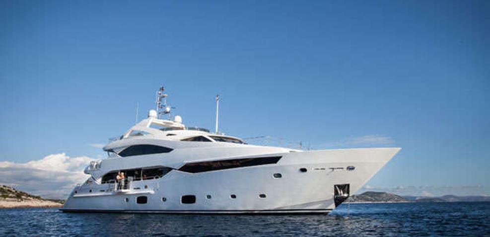 Rhine Charter Yacht