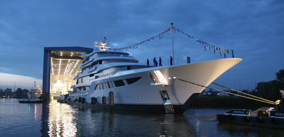Royal Romance Charter Yacht