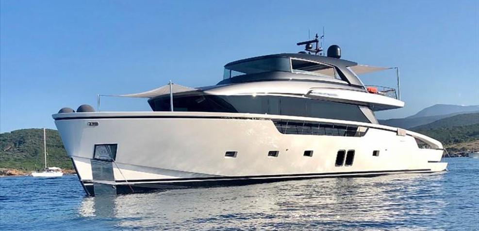 Pesa Charter Yacht