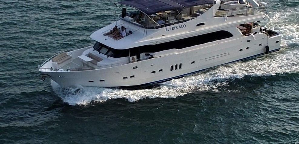 El Regalo Charter Yacht