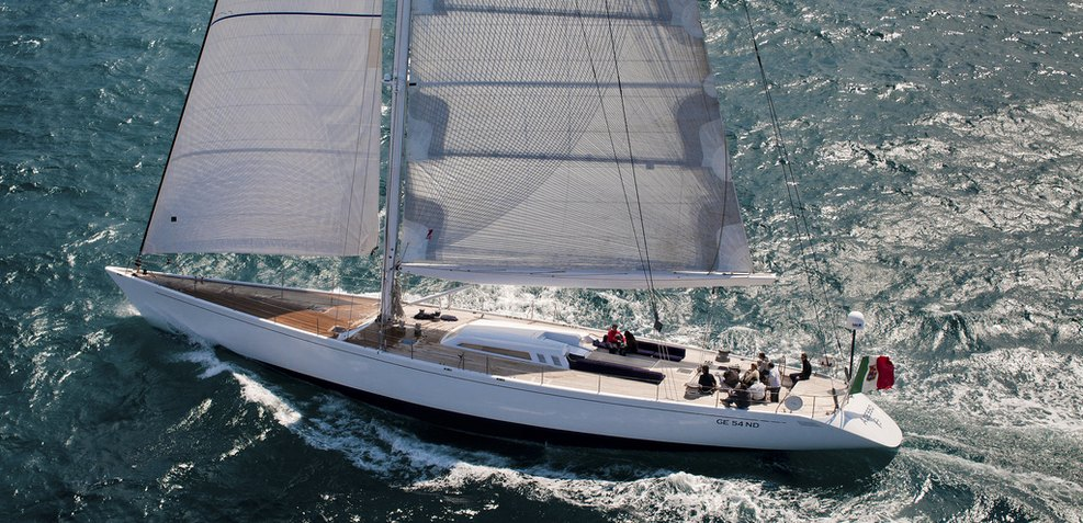 Adesso Charter Yacht