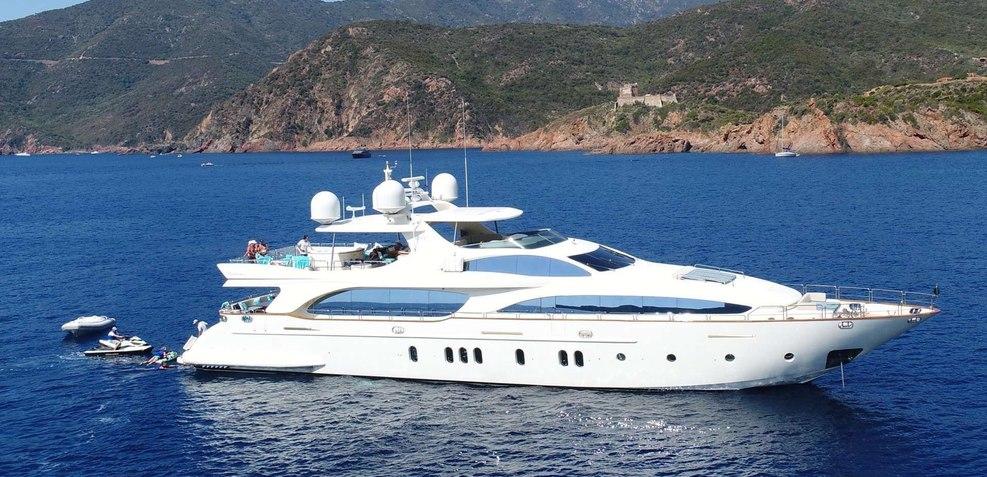 Sweet Emocean Charter Yacht