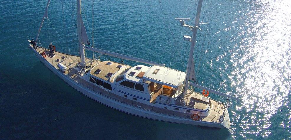 Restless Spirit Charter Yacht