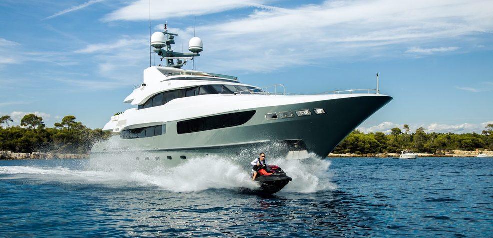Legenda Charter Yacht
