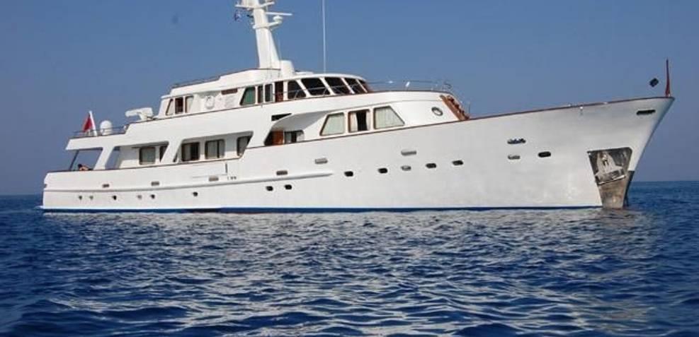Patra of London Charter Yacht