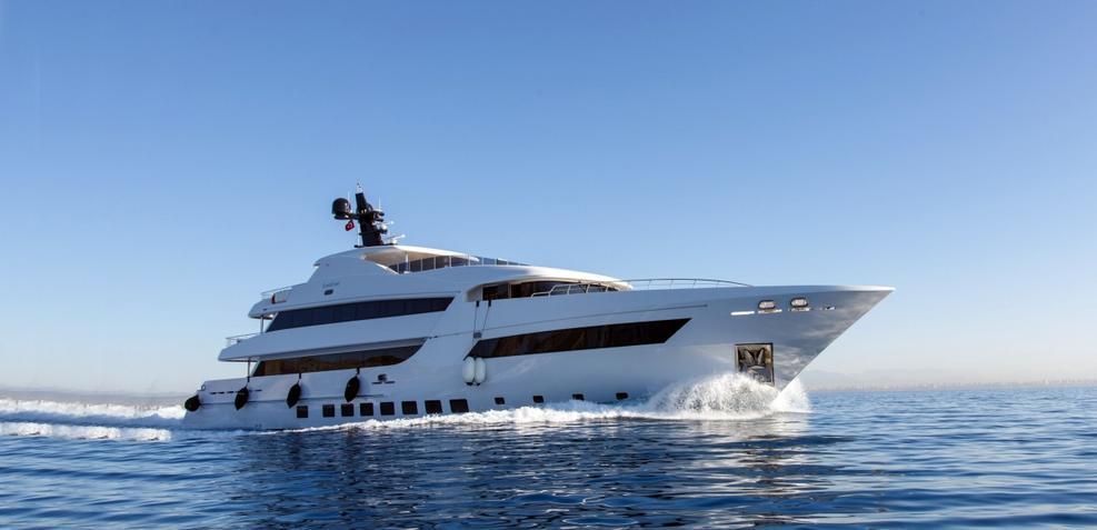 Bebe Charter Yacht