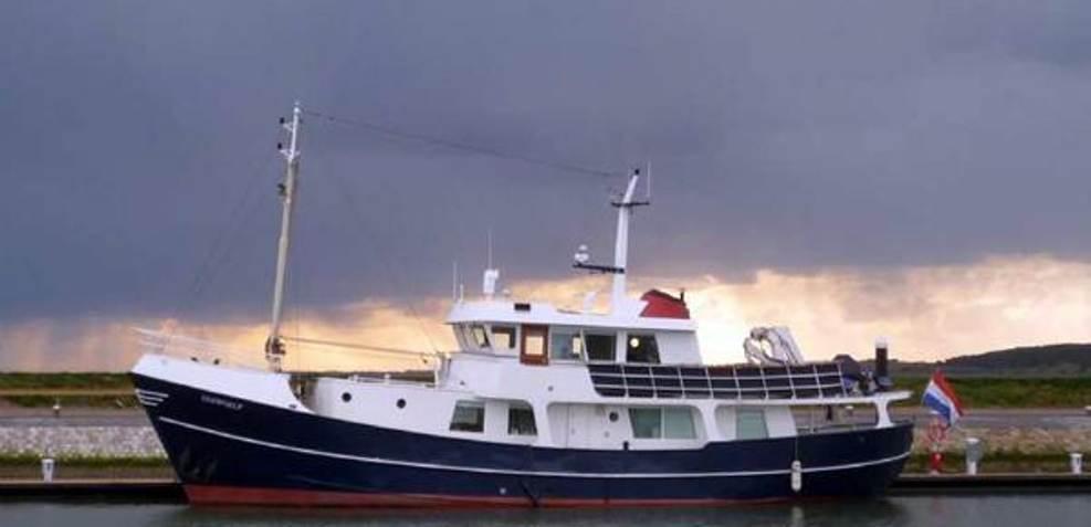 Zeewoelf Charter Yacht