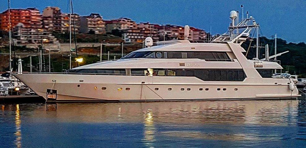 Davina Charter Yacht