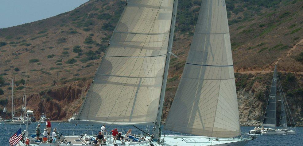 Kialoa III Charter Yacht