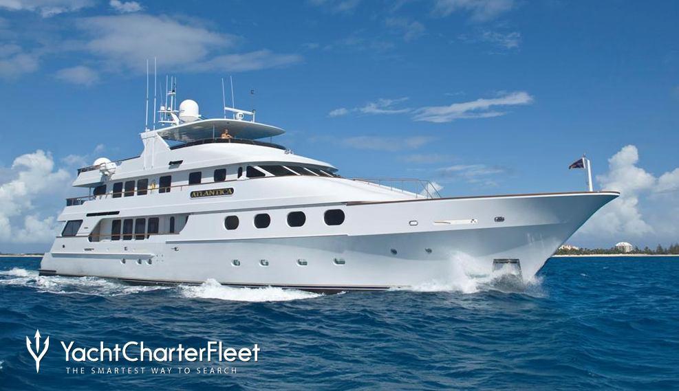 Queen D Charter Yacht