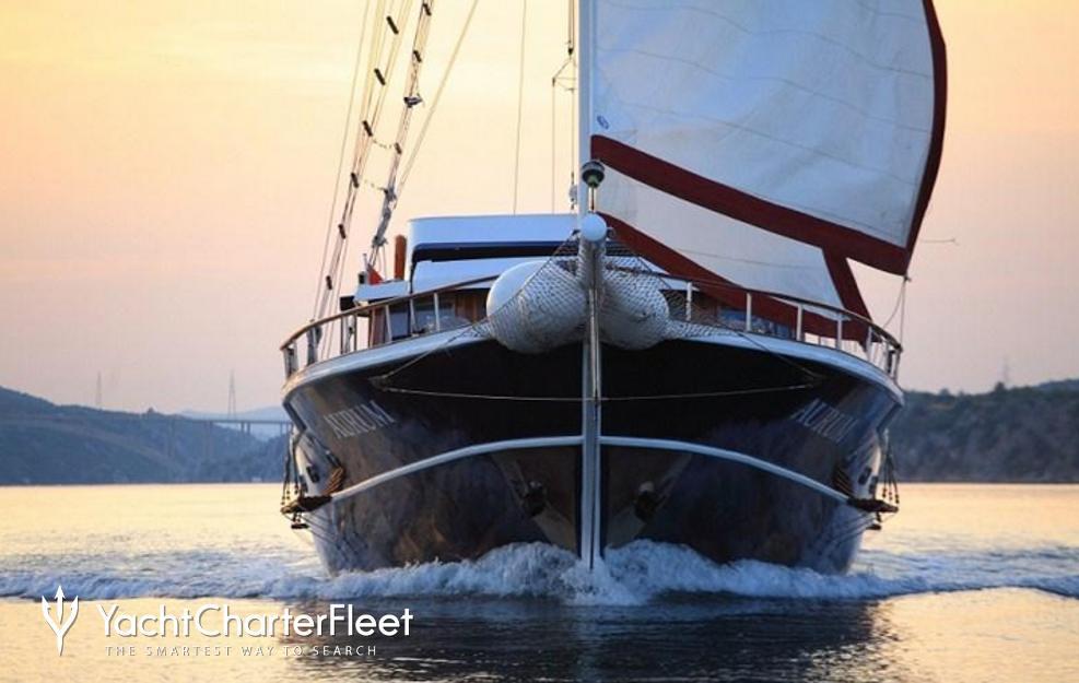Aurum Charter Yacht